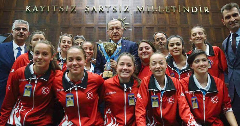 Tayyip Erdoğan: Benim için şampiyonsunuz!