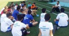 Uğur Yasan, İzmit GB'li futbolcularla buluştu