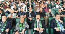 Vali Aksoy, Kocaelispor'u kutladı