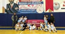 İzmit'in kızları Kırklareli'nde şov yaptı!