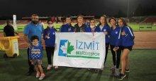 İzmit Belediyespor'un atletleri 1 altın 1 gümüş ile döndü!